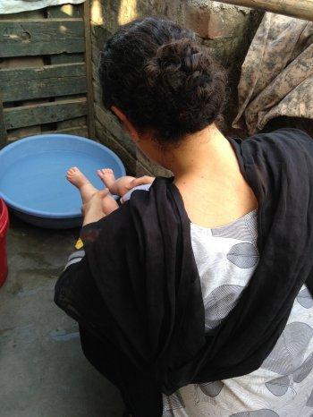 Peeing the baby in the slum